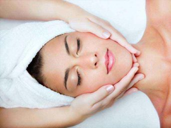 Facial Massage in Bandra